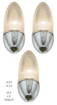 Set of THREE Lightolier Streamline Nickel Sconces C.1930 (ANT-1029)