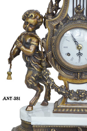 Magnificent-Imperial-Clock-set-(ANT-381)