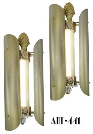 Pair-of-Historic-Sconces-from-the-Loew's-Delancy-Theater-(ANT-441)