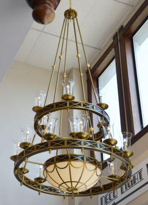 Marvelous-Giant-Chandeliers-from-the-Petroleum-Club,--Houston,-Texas-(ANT-460)
