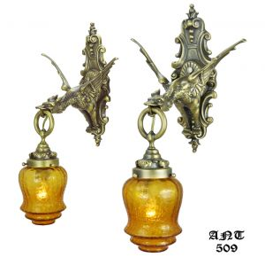 Gothic-Victorian-Style-Antique-Brass-and-Bronze-Pair-of-Mythical-Dragon-Sconces-(ANT-509)