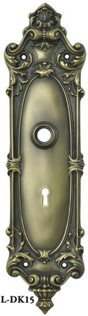 Rococo-Yale-Pattern-Doorknob-and-Keyhole-Plate-(L-15)