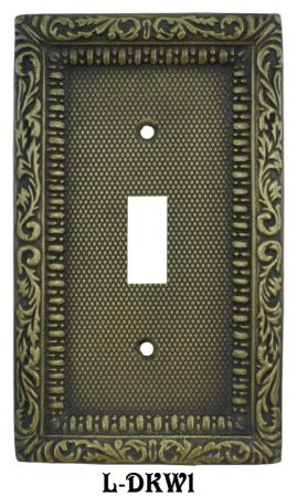 Victorian-Decorative-Brass-Single-Switch-Plate-Cover-(L-W1)