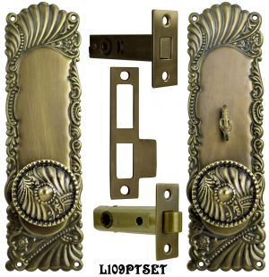 Victorian Corbin Roanoke Door Plate Passage Set with Locking Turnlatch (L109PTSET)