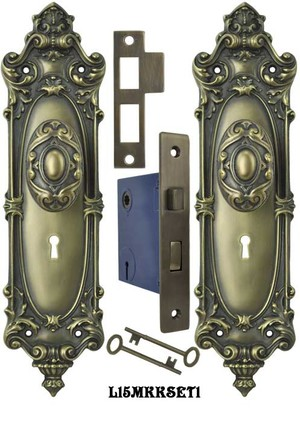 Victorian Rococo Yale Pattern Door Set with Locking Keyed Mortise (L15MKKSET1)