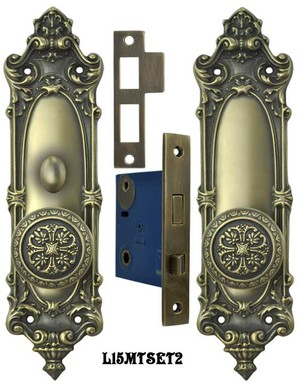 Victorian Rococo Yale Pattern with Gothic Knob Set with Turnlatch Mortise (L15MTSET2)