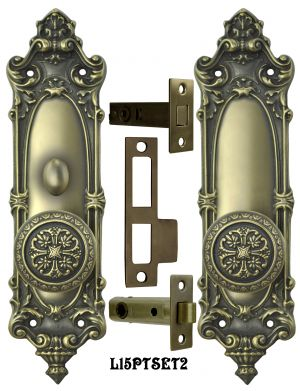 Victorian Rococo Yale Pattern with Gothic Knob Set with Locking Turnlatch (L15PTSET2)