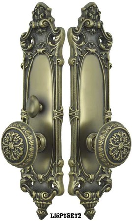 Victorian-Rococo-Yale-Pattern-with-Gothic-Knob-Set-with-Locking-Turnlatch-(L15PTSET2)