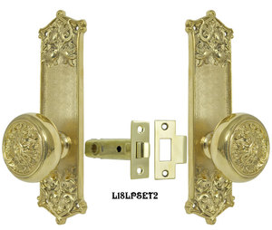 Victorian Scroll Pattern Door Plate Low Knob Passage Set (L18LPSET2)