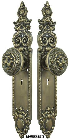 Victorian-Gothic-Heraldic-Door-Plates-with-Large-Lion-Door-Knobs-Set-with-Locking-Keyed-Mortise-Lock-(L26MKKSET1)