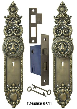 Victorian Gothic Heraldic Door Plates with Large Lion Door Knobs Set with Locking Keyed Mortise Lock (L26MKKSET1)