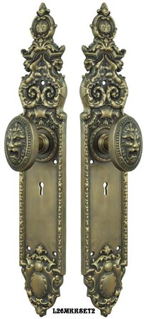 Victorian-Heraldic-Door-Plate-and-Pavia-Lion-Knob-Set-with-Locking-Keyed-Mortise-(L26MKKSET2)