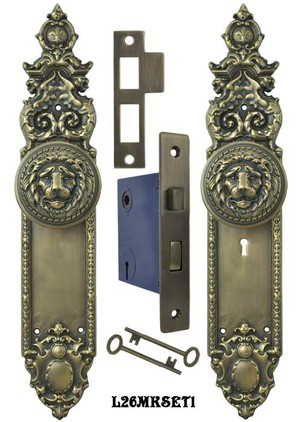 Victorian Heraldic Door Plate and Large Lion Knob Set with Locking Keyed Mortise (L26MKSET1)