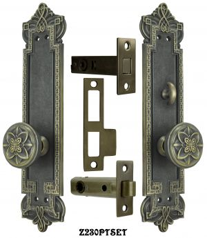 Gothic-Byzantine-Interior-Passage-Set-with-Locking-Turnlatch-(Z230PTSET)