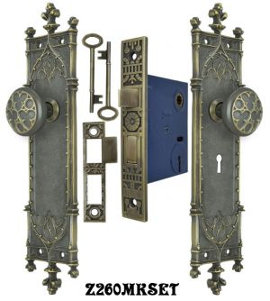 Victorian-Amiens-Gothic-Door-Plates-Set-with-Locking-Keyed-Mortise-Lock-(Z260MKSET)