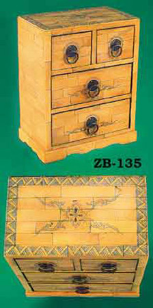 Antique Recreated Scrimshaw Decorated Miniature Chest (ZB-135)