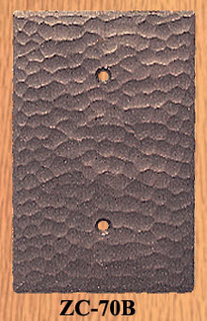 Arts & Crafts Mission Hammered Copper Single Blank Switch Plate (ZC-70B)