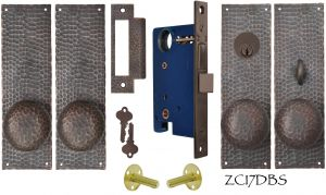 Arts & Crafts Hammered Copper Double Door Entry Set (ZC17DBS)