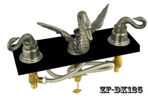 Bathroom-Widespread-Swan-Faucet-Set-In-Antique-Brass-Finish-(ZF-DK125)
