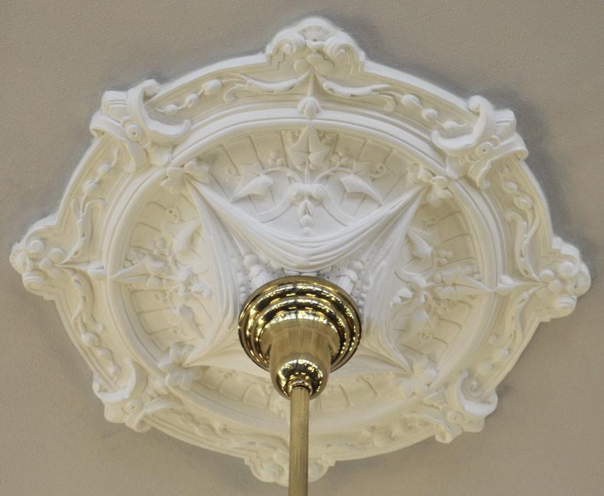 Vintage Hardware Lighting Real Plaster Ceiling Medallion Ivy Swag Design 25 Diameter Zk 11