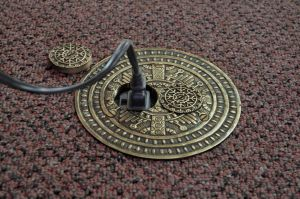 Windsor-Pattern-Victorian-Decorative-Floor-Outlet-Electrical-Cover-(ZPT-9DK)